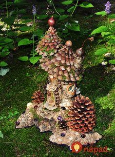 pine cone fairy house from Greenspirit Arts craftswoman Sally J.A pine cone fairy house from Greenspirit Arts craftswoman Sally J. Fairy Garden Houses, Garden Art, Garden Design, Fairy Tree, Fairy Furniture, Ideias Diy, Fairy Garden Accessories, Fairy Doors, Miniature Fairy Gardens