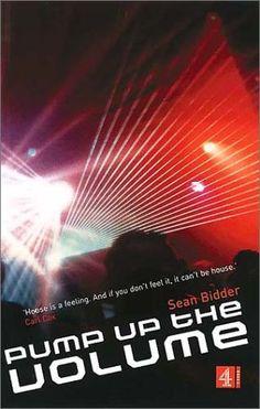Pump Up the Volume: A History of House Music by Sean Bidder https://www.amazon.com/dp/0752219863/ref=cm_sw_r_pi_dp_x_lKNlybTAR0H1D