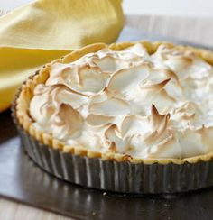 For a delicious dessert to share, try this gluten-free lemon meringue pie | Tesco