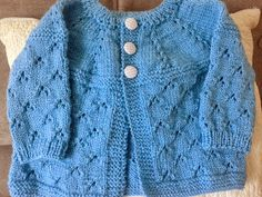 Knitting Patterns Modern Hello, my dear, new recipe. I wore the Super Baby Wool and Needle 3 Mount 80 stitches Make 4 … Baby Cardigan Knitting Pattern Free, Baby Knitting Patterns, Baby Patterns, Baby Sweaters, Girls Sweaters, Baby Hoodie, Cardigan Bebe, Knitting For Kids, Knit Crochet