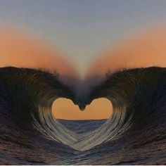 wave of love ,heart Ocean Heart, Heart In Nature, Heart Art, Beach Heart, Nature Nature, Nature Images, Cool Pictures, Beautiful Pictures, Heart Pictures