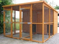 Dog Kennel And Run, Dog Kennel Cover, Diy Dog Kennel, Kennel Ideas, Dog Cage Outdoor, Outdoor Dog Kennel, Outdoor Dog Runs, Outdoor Shelters, Indoor Outdoor