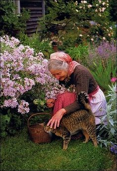 LIFE AT WILDBERRY COTTAGE: REMEMBERING TASHA TUDOR