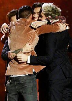 Last group hug before the break. #ThisIsNotTheEndOfOneDirection