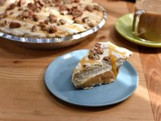 Caramel Apple Cream Pie Ingredients 1 1/2 cups milk One 5.1-ounce box vanilla instant pudding mix Caramel Apple Fl...