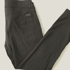 """Seven7 Black Knit Leggings Leggings with a zipper and button closure, worn once or twice. 9"""" rise, 27"""" inseam, no flaws. Seven7 Pants Leggings"""