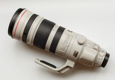 Canon's EF 200-400 lens delivers terrific optics and unmatched zoom flexibility with an innovative built-in 1.4x telephoto extender. http://cnet.co/1b2o3UD
