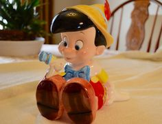 """Disney's Pinocchio and Jiminy Cricket Music Box Made in Sri Lanka by Schmid Plays """"When You Wish Upon a Star"""" by DJsVintageCache on Etsy"""