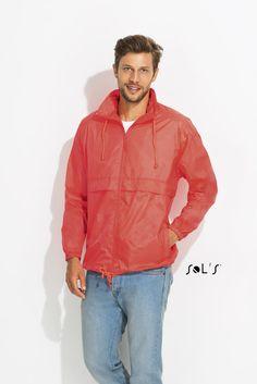 URID Merchandise -   CORTA-VENTO IMPERMEÁVEL UNISSEXO   11.838 http://uridmerchandise.com/loja/corta-vento-impermeavel-unissexo-2/ Visite produto em http://uridmerchandise.com/loja/corta-vento-impermeavel-unissexo-2/