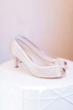 39a52f94839e Champagne wedding shoes with low heel for Secret Garden wedding. Photo by  Pinkerton Photography