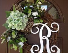Year Round Wreath- Front door wreath with initial- Front Door Decor – Spring Wreath – Outdoor Wreath – monogram wreath – wreath – gift - Burlap Summer Door Wreaths, Fall Wreaths, Wreaths For Front Door, Front Porch, Christmas Wreaths, Initial Decor, Initial Wreath, Diy Wreath, Grapevine Wreath
