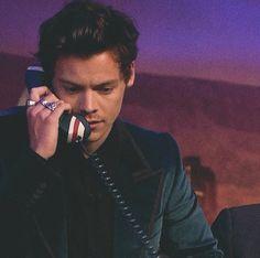 Harry Styles | @gxldluxe