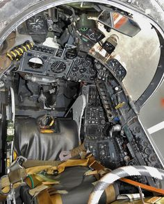 Blackburn Buccaneer, Ejection Seat, Flight Deck, Royal Navy, Military Aircraft, Airplanes, Wwii, Modeling, Engine