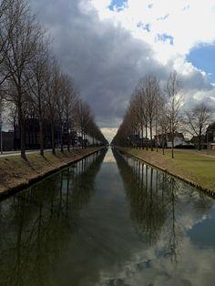 Hoofddorp, Hoofdvaart, Haarlemmermeer, the Netherlands. © Paul Abspoel