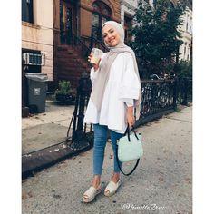 I just love Islamic Fashion so this is my Islamic range? Hijab Fashion Summer, Modern Hijab Fashion, Street Hijab Fashion, Hijab Fashion Inspiration, Islamic Fashion, Muslim Fashion, Fashion Outfits, Abaya Fashion, Fashion Muslimah