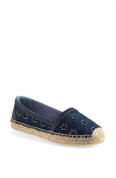 Love these Sperry Top-Sider flats