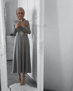 • Pinterest :_@haf_tima • ♥ - - - - ⑅˚ᵗᑋᵃᐢᵏ ᵞᵒᵘ♡⃝⃜* - - - - -˖⁺ Modest Fashion Hijab, Hijab Chic, Abaya Fashion, Muslim Fashion, Hijab Dress, Hijab Outfit, Hijab Fashionista, Eid Outfits, Hijab Fashion Inspiration