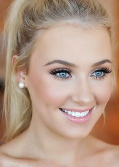 Bridesmaid makeup tutorial for blue eyes