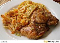Kuřecí smetanový pekáček recept - TopRecepty.cz Czech Recipes, Russian Recipes, Lchf, Chicken Wings, Poultry, Casserole, Chicken Recipes, Easy Meals, Food And Drink