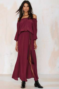 Romance the hell out 'em in this pretty maxi.