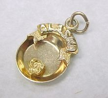 Vintage 14k Gold ALASKA Charm Gold Mining Pan & Nugget..