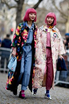 Paris Fashion Week Street Style Fall 2018 Day 8 - The Impression Tokyo Street Fashion, Tokyo Street Style, Japan Fashion, Paris Fashion, India Fashion, Paris Street, Asian Street Style, Autumn Street Style, Street Style Looks