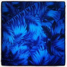 Estampado Plumas Azules