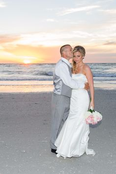 This beautiful couple had a fantastic sunset at Pass-a-Grille Beach for their post-ceremony photoshoot.
