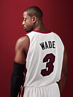 over-the-shoulder, profile, jersey