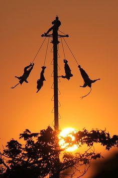 Más tamaños   voladores de papantla   Flickr: ¡Intercambio de fotos!