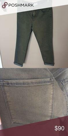 ✨NWOT✨FREE PEOPLE CROPPED CAPRI PANT Brand new, never worn! Perfect neutral green color. Free People Jeans Ankle & Cropped