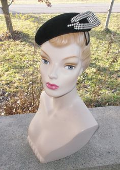 1950s Vintage Black Cocktail Hat with Huge by MyVintageHatShop