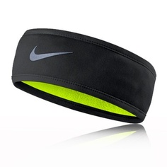 I've come in after running outside in the cold with harsh pains in my ears from the exposure. The Nike Cold Weather Headband fixes that. Nike Headbands, Sports Headbands, Running Headbands, Athletic Headbands, Nike Outfits, Sport Outfits, Puppy Backpack, Hiking Backpack, Nike Wear