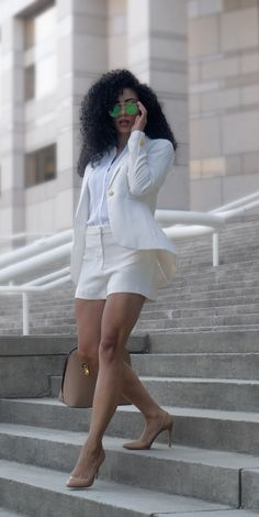 Using Business Attire in Your Casual Wardrobe - White Collar Glam Casual Work Outfits, Business Casual Outfits, Professional Outfits, Business Attire, Classy Outfits, Cute Outfits, Casual Shorts, Work Fashion, New Fashion