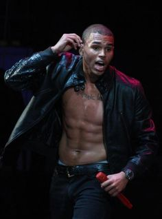 Google Image Result for http://www.courtneyluv.com/wp-content/uploads/2011/05/chris-brown-shirtless-almost_552x744.jpg