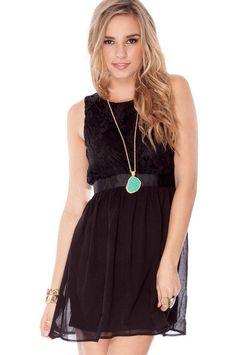 Lace Deep V Back Sleeveless Dress     $22.00