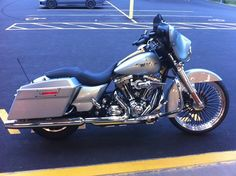 "2010 Street Glide Custom Photo:  This Photo was uploaded by DerangedChoppers. Find other 2010 Street Glide Custom pictures and photos or upload your own ... (""On point"")"