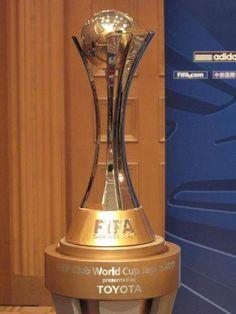 Taça do Mundial de Clubes conquistado pelo Corinthians