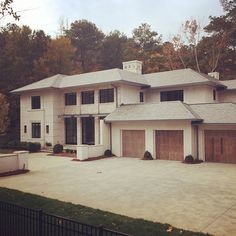 Limestone & Boxwoods - Instagram (@limestonebox) - A contemporary new house in Atlanta by architect Stan Dixon.