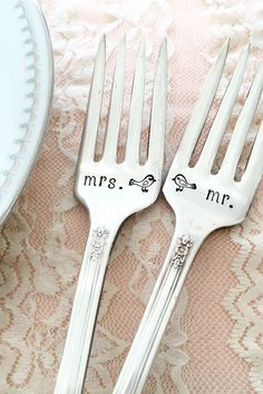 Beautifully hand stamped vintage silverware and personalized giftware from @loreleivella.  #wcriseandshine → etsy.com/shop/loreleivella