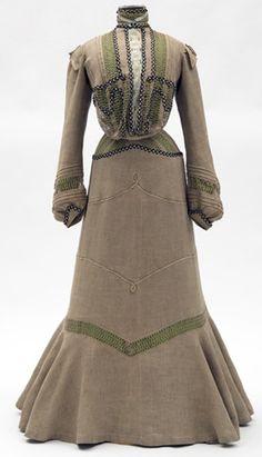 ~day dress 1901 - 1902~