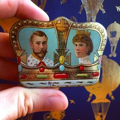 Fry's chocolates tin - King George V and Queen Mary - 22 June 1911