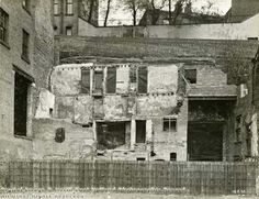 Near view of demolished property below Long Stairs. Nottingham City Centre, Nottingham Uk, History Photos, Family History, Old Photos, 1920s, Countries, Derby, Britain