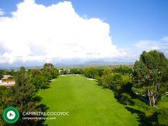 Para los golfistas a los que les gusta entrenar tenemos una practica espectacular , putting green, practica para aproach con trampa de arena y un campo corto de 9 hoyos ideal para niños y para practicar tiros cortos