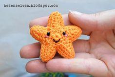 Amigurumi star. How cute is this?  @Carla Nielsen