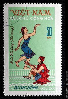 Vietnamese traditional costume, postage stamp, Vietnam