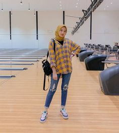 New Style Outfits Hipster Teen Fashion Ideas Modern Hijab Fashion, Street Hijab Fashion, Hijab Fashion Inspiration, Muslim Fashion, Ootd Fashion, Teen Fashion, Fashion Outfits, Fashion Ideas, Casual Hijab Outfit