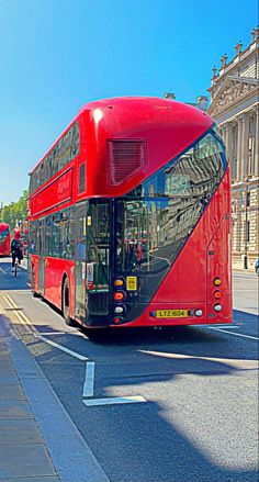 New Routemaster, Bus Stop, Brain, The Brain