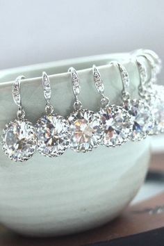 Bridesmaid earrings. Gorgeous! LOVE these!! #bridesmaid #gift