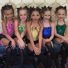 """The minis are in Vegas at Hollywood Vibe representing the ALDC LA today! They will be performing a dance called """"Gossip Girls"""" • #dancemoms #dancemoms1 #spoilers #dmos_minis"""